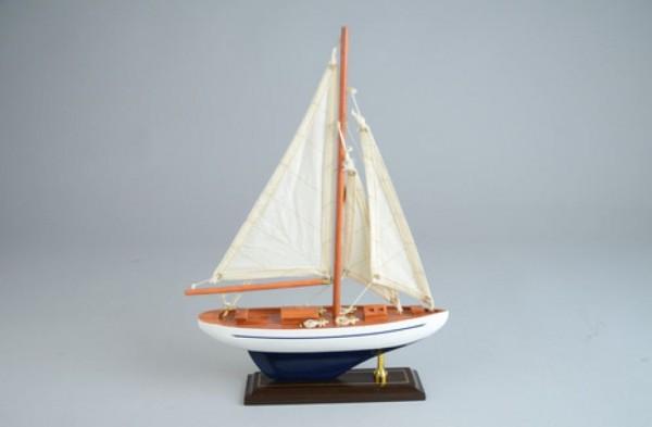 Segelboot-Modell 25x6x35cm
